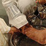 Presos participam da missa do lava-pés em Itabuna (BA)