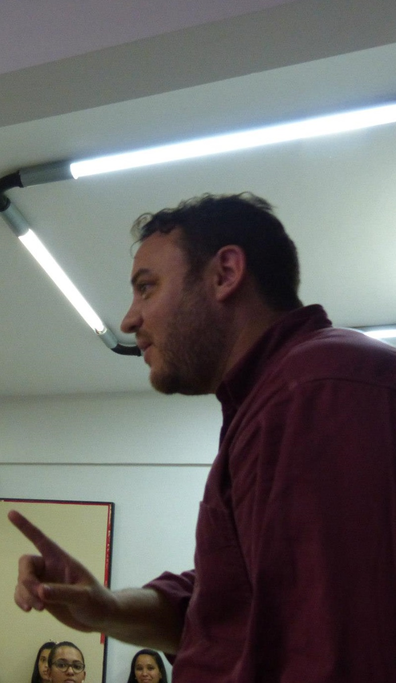 Interna Greg Andrade