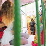 Jornal O Popular detalha a vida de mães e bebês nas prisões de Goiás