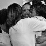 Na Argentina, decisão por prisão domiciliar de mães e grávidas é desrespeitada